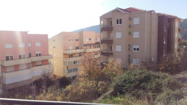Budva - apartment with a bedroom in Lazi