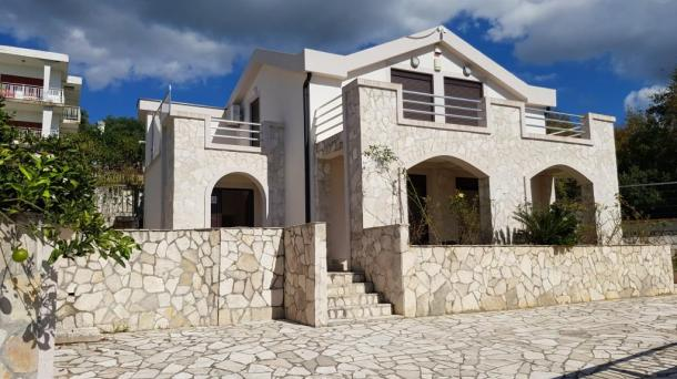 For sale new house in Bar, borough Shushan