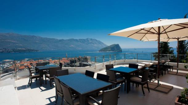 Exclusive apartment in Budva