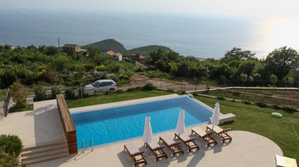 Exclusive villa in Blizekuce